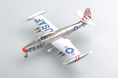F-84E Thunderjet - 'Sandy' 9th FBS, 1:72, Easy Model