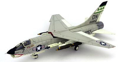 F-8E Crusader, U.S.Marine Corps VMF(AW)-333 FIGHTING SHAMROCKS, 1:72, Century Wings