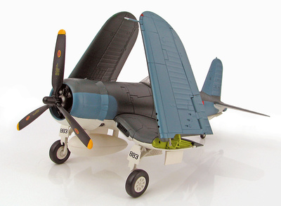 "F4U-1A Corsair White 883 ""Martha"", 1st Lt. Bob McClurg & Major Greg Boyington, VMF-214, Diciembre, 1943, 1:48, Hobby Mster"