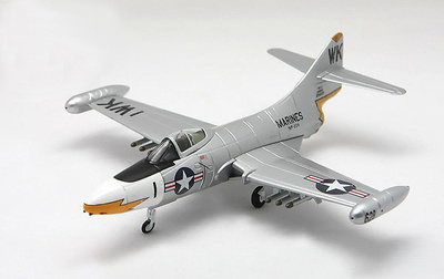 F9F-5 Panther, VMF-224 US Marines 'The Bengals', 1:72, Falcon Models