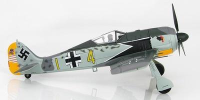 """FW 190A-4 """"Eagle Head"""" 9./JG 2, """"Richtofen"""" Staffelkapitan Hptm. Siegfried Schnell, 1943, 1:48, Hobby Master"""