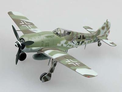 FW190A-8 Luftwaffe II./SG 2, Mayo, 1945, 1:72, Easy Models