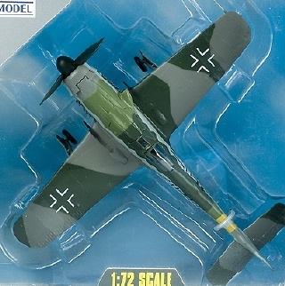 FW190D-9 Dora, IV./JG2, 1945, 1:72, Easy Model