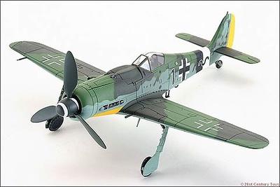"Focke-Wulf Fw-190D-9 ""Black 1"" 14./JG 26, 1:32, 21st Century Toys"