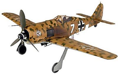 Focke Wulf Fw-190F-8/F-9, White 7, Turín, Italia 1942, 1:32, 21 st Century Toys