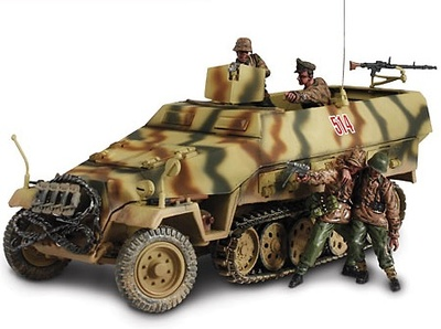 GERMAN Sd. Kfz. 251/1, HANOMAG, 1:32, Forces of Valor