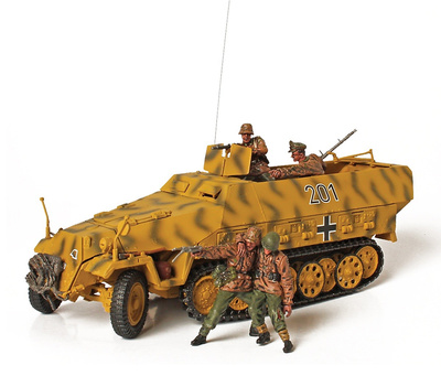 "German Sd.Kfz. 251/1, Hanomag, Panzer Division ""GroBdeutschland"", Lituania, 1944, 1:32, Forces of Valor"