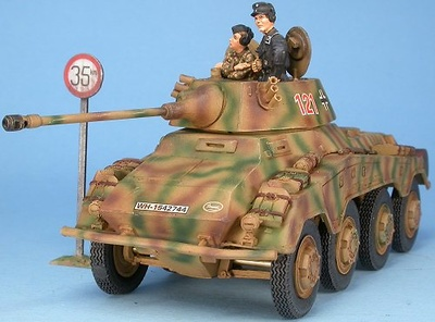 German armoured car Sd.Kfz.234/2 PUMA with crew, 1:48, Gasoline