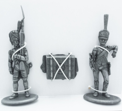 Grenadier Guards on Foot, Baggage Carrier of the Emperor, Box of Emperor's Belongings, 1:24, Atlas Editions