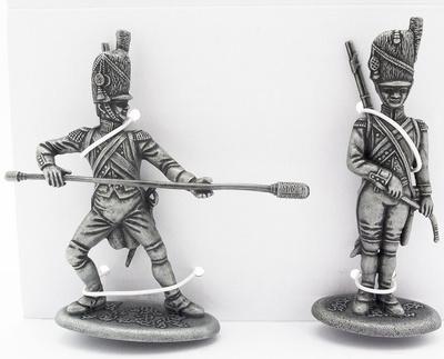 Guardia Artillero con Botafuego, Guardia Artillero con Limpia Tubo de Cañón, 1:24, Atlas Editions