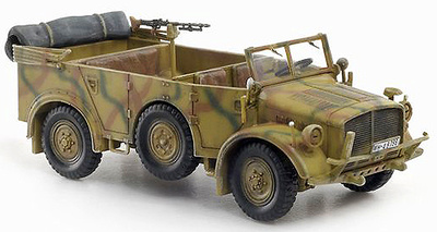Heavy Uniform Personnel Vehicle Type 40 Eastern Front 1943, 1:72, Dragon Armor