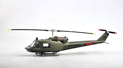 Helicóptero UH-1C U.S. Marines, 1:48, Easy Model
