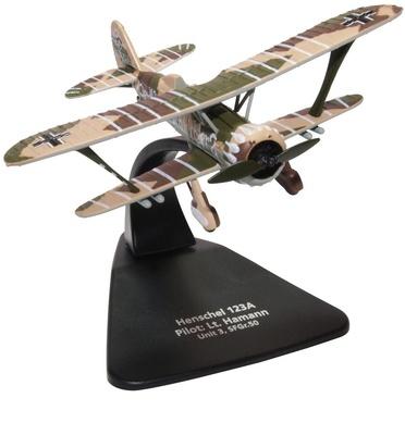 Henschel HS 123A, Unit 3/SFGR 50, piloto Lt. Hamann, 1:72, Oxford