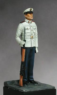 Infante de Marina, uniformidad de verano, Ejercito Español, 75 m.m.