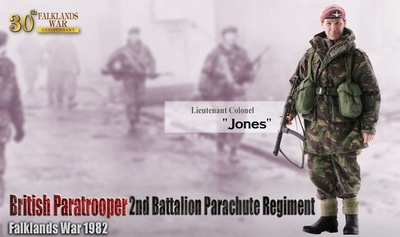 """Jones"" (Teniente Coronel) British Paratrooper, Guerra Malvinas, 1982, 1:6, Dragon Figures"