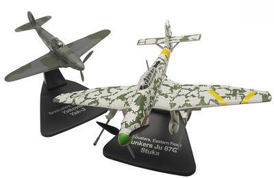 """Junkers Ju87G Stuka + Yakovlev Yak-3, """"Tank Hunters"""", Eastern Front, 1:72, Atlas"""