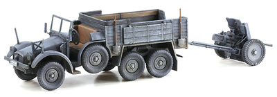Kfz.70 6x4 Personnel Carrier w/3.7cm PaK 35/36, Eastern Front, 1943, 1:72, Dragon Armor