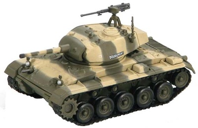 """M24 Bison """"DOUAUMONT"""" Escadron de Marche du 1er RCC, 1:72, Hobby Master"""