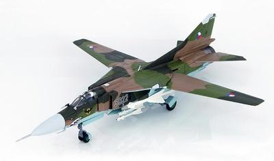 """MIG-23MF """"3922"""" 1. SLP, Base Aérea de Ceske Budejovice, República Checa, 1992, 1:72, Hobby Master"""
