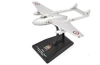 Macchi DH 100 DH Vampire 6th Stormo 6th Gruppo, Aviación Militar Italiana, 1:100, RCS Libri