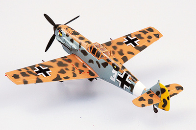 """Messerschmitt  BF-109E/TROP, 1/JG27, piloto Hans-Joachim Marseille """"Jochen"""", Libia, 1941, 1:72, Easy Model"""