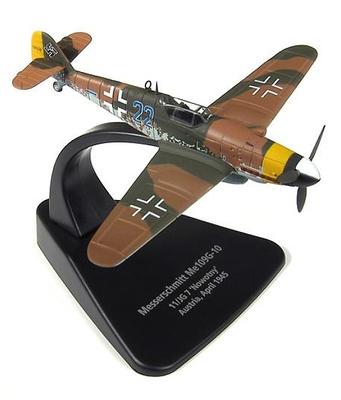"Messerschmitt BF109G, piloto Walter ""Novi"" Nowotny, Austria, Abril, 1945, 1:72, Oxford"