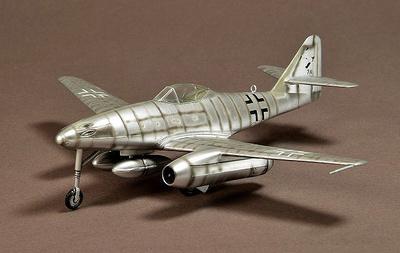 Messerschmitt Me262 A-2a Schwalbe, 1945, 1:72, War Master
