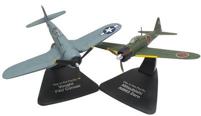 "Mitsubishi A6M3 Zero + Vought F4U Corsair ""Guerra en el Pacífico"", 1:72, Atlas"
