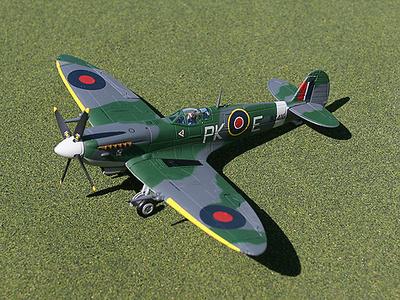 "MkiX Spitfire, Supermarine, Polish Sqd. Cpt ""Gabby Gabreski"", 1:72, Gemini Aces"