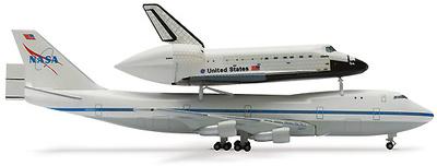"NASA Shuttle Orbiter ""Discovery"" + B747-SCA, 1:500, Herpa"