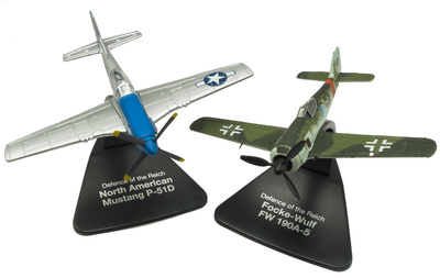 """North American Mustang P-51D + Focke Wulf FW190A-5, Campaña """"Defensa del Reich"""", 1:72, Atlas"""