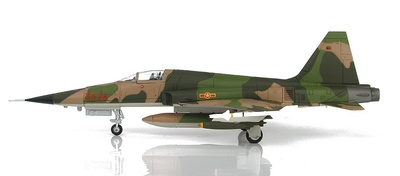 Northrop F-5E Tiger II 3528, 935th Fighter Regiment, VPAF,  Vietnam, años 70, 1:72, Hobby Master
