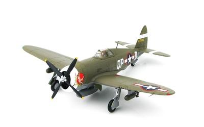 P-47D Razorback 42-7945, Steve Pisanos, 334th FS/4th FG, USAAF, England 1943, 1:48. Hobby Master