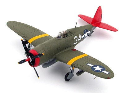 "P-47D ""Tuskegee"" No.34, 100th FS, 332nd FG, Italia, 1944, 1:48. Hobby Master"