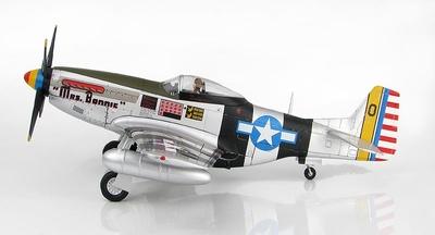 "P-51K Mustang ""Mrs Bonnie"" Lt. Col. Bill Dunham, Deputy CO/348 FG, Okinawa, Agosto, 1945, 1:48, Hobby Master"
