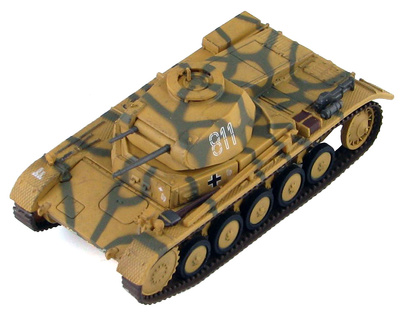 Panzer II Ausf. F 6th Pz. Div., Operación Zitadelle, 1943, 1:72, Hobby Master