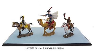 Peana de madera para coleccionismo, Atlas Editions