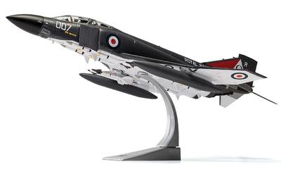 Phantom FG.1 XT864/007R, No.892 NAS, HMS Ark Royal, Noviembre, 1978, 1:48, Corgi