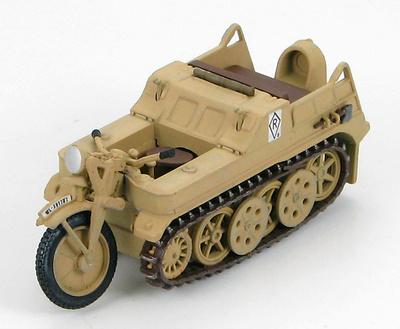 """Sd. Kfz.2 Kleines Kettenkraftrad WL-391702, """"Ramcke"""" Brigade, North Africa Front, 148, Hobby Master"""