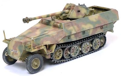 Sd.Kfz.251/22 Ausf.D Unidentified Unit, Germany 1945, 1:72, Dragon Armor