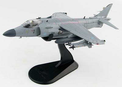 "Sea Harrier FA.2  ""Op. Deliberate Force"" No.800 NAS, Fleet Air Arm , HMS Invincible, Mediterráneo, 1995, 1:72, Hobby Master"