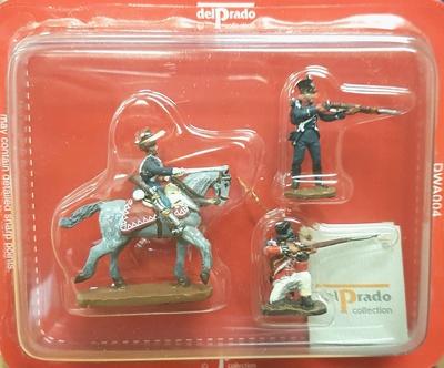 Soldado a caballo + 2 soldados a pie, 1:60, Del Prado