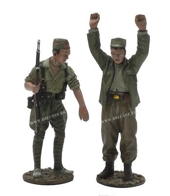 Soldado nacionalista con prisionero, Guerra Civil Española, 1:30, John Jenkins