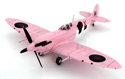 "Spitfire FR.IX MK716 ""X"", No 16 Sqn., Normandía, Septiembre, 1944, 1:48, Hobby Master"