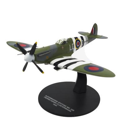 Spitfire MK.IXB, piloto Pierre-Henri Closterman, 1944, 1:72, Atlas