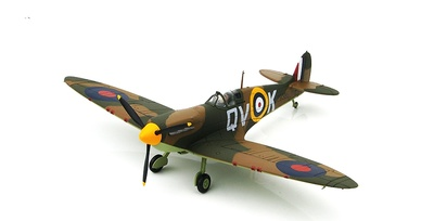 Spitfire Mk.I P9386/QV-K, Sqn. Ldr. Brian Lane OC No. 19 Sqn., Sept 1940, 1:48, Hobby Master