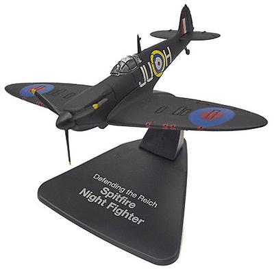 """Spitfire Night Fighter """"Defensa del Reich"""", 1:72, Atlas"""
