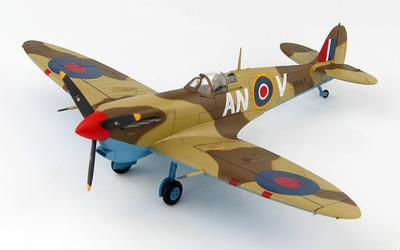 Spitfire Vb Trop No.417 Sqn., BR487/AN-V, Túnez, 1943, 1:48, Hobby Master