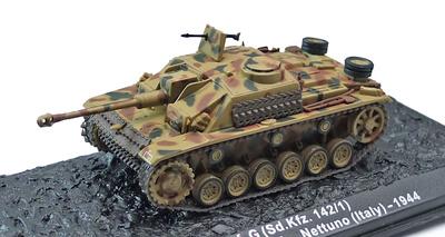 "StuG III, Ausf G, Sd.Kfz.142,  FshPzDiv ""Hermann Göring, Nettuno, Italia, 1944, 1:72, Altaya"