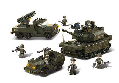 Tanque con Jeep y vehículo Lanzacohetes, Sluban